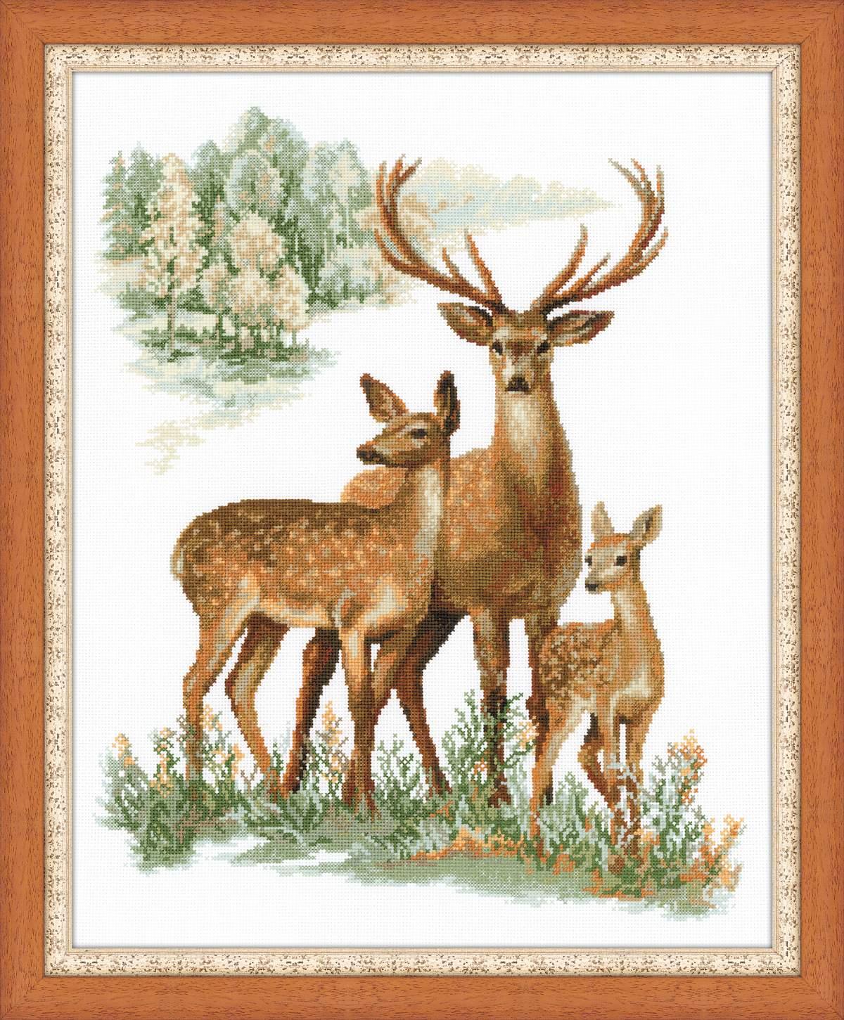 Наборы для вышивки олени